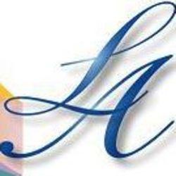 LA יעוץ תפעולי וניהול לוגו