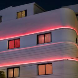 מלון דייב גורדון לוגו