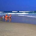 חוף ניצנים לוגו