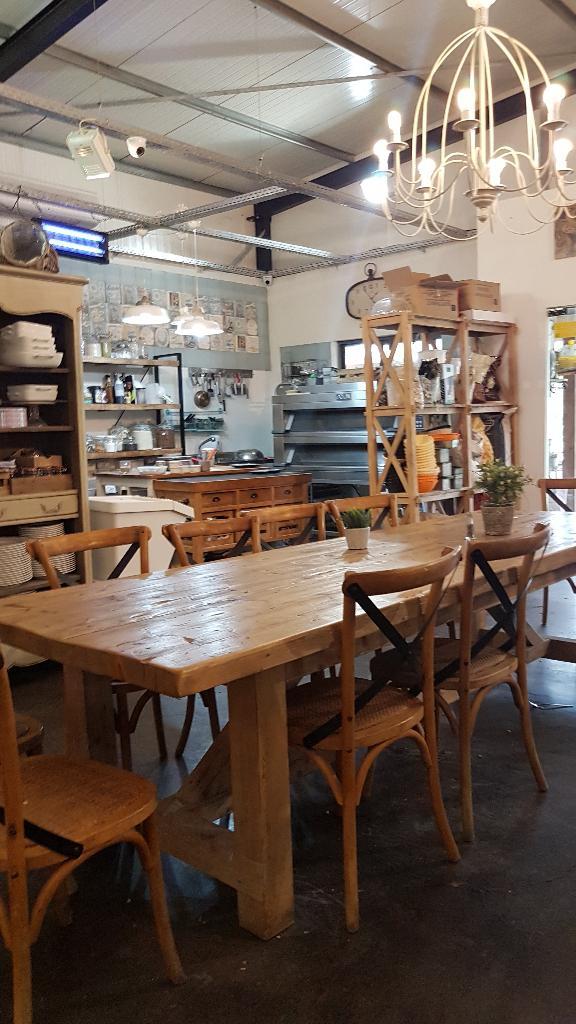 תמונות ג'ויס מסעדה כפרית