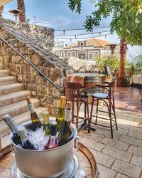 תמונות St. Urban Wine Bar