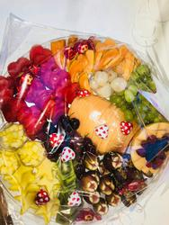 פרי נוף מגשי פירות מעוצבים לוגו