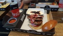 תמונות Brothers Local Burger