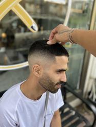 Rami Frut Barbershop לוגו