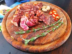 תמונות Neot Meat Bar