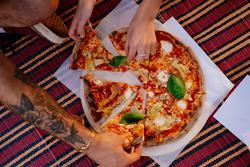 תמונות פיצה טראק קוקיה