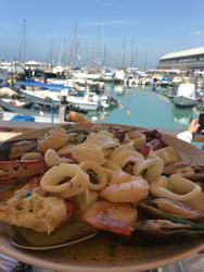 מסעדת הדייגים לוגו